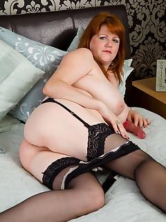 Chubby Nylon Porn Pics