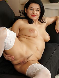 Naked Women Nylon Porn Pics