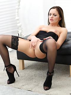 Wife Nylon Porn Pics