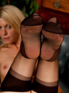 Feet Nylon Porn Pics