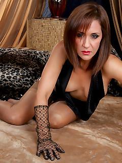 Erotic Nylon Porn Pics
