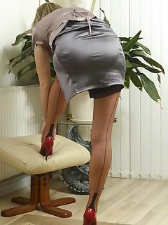 Skirt Nylon Porn Pics