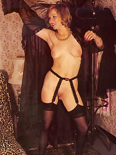 Vintage Nylon Porn Pics
